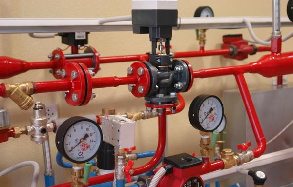После комплексной реконструкции системы отопления дом снижает потребление тепла на 20–50%.